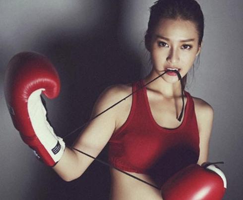 越南美女拳手:19岁身家过亿 名副其实白富美