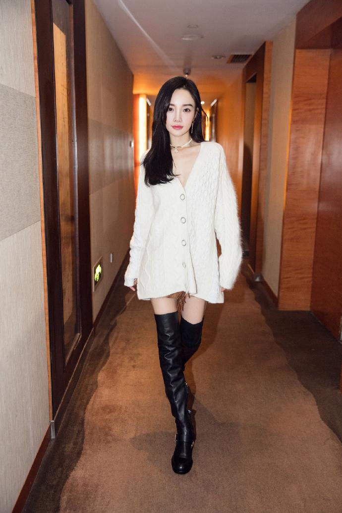 """李小璐:我和贾乃亮不算""""门当户对"""",还在磨合"""
