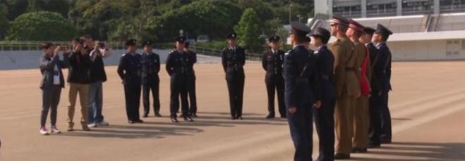 香港警方邀请英军指导仪仗队 专家批其无事生非