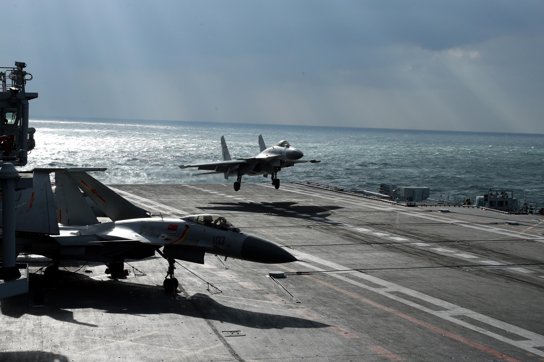 中国航母编队训练高清照曝光