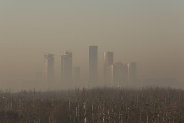 中国医生写了一首雾霾诗 登上美国权威胸科杂志