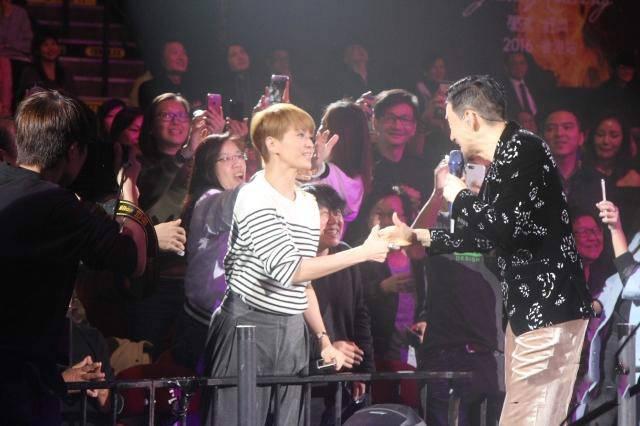 张学友23场巡回演唱会临近尾声 他这么评价王菲