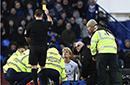 年度最奇葩裁判出炉 英乙球员断腿后因痛苦吃牌