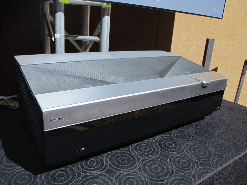 海信在美首发双色4K激光电视 叫板高端液晶