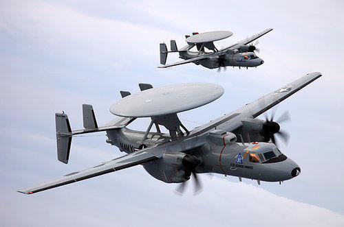 驻日美军调E-2D预警机中队防范中国隐型战机