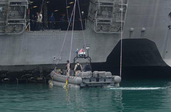 看美军三体濒海舰怎样投放小艇