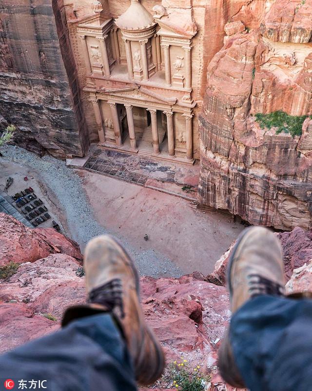 摄影师环球旅行秀另类自拍 不要脸只要脚