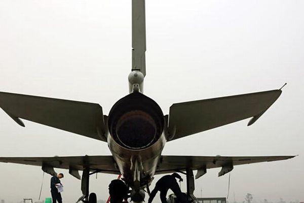 空军接到战机起飞命令却遇雾霾天怎么办?