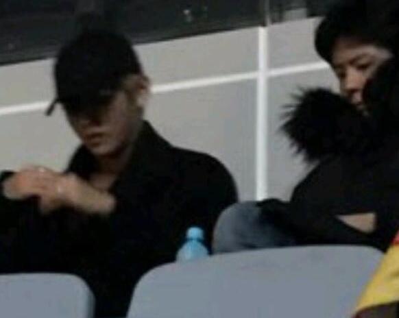 迷弟认证!防弹少年团与朴宝剑现身BIGBANG演唱会