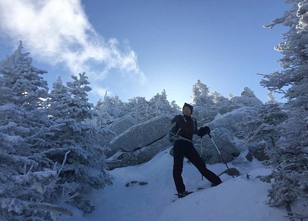 美女子1年内成功攀登576座山峰成挑战极限远足第一人