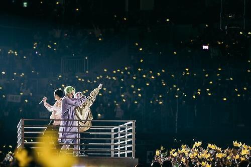 BIGBANG首尔站演出 T.O.P与粉丝道别