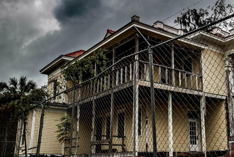 美百年豪华宅邸因装修太贵被弃数十年