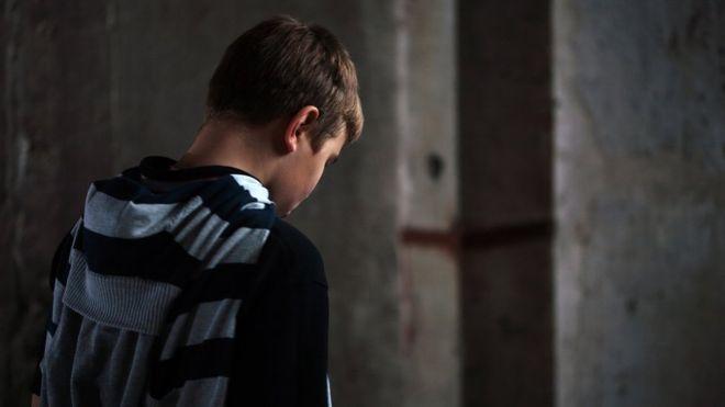 英调查:政局动荡与工作忧虑使青少年士气低迷