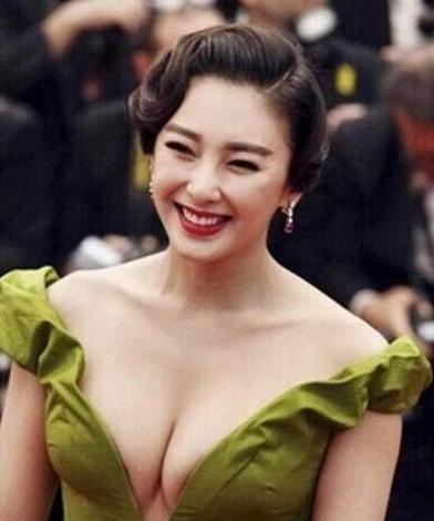 原题:揭秘:范冰冰柳岩等女星因胸部太大遭人大骂 全因这个原因 张雨绮
