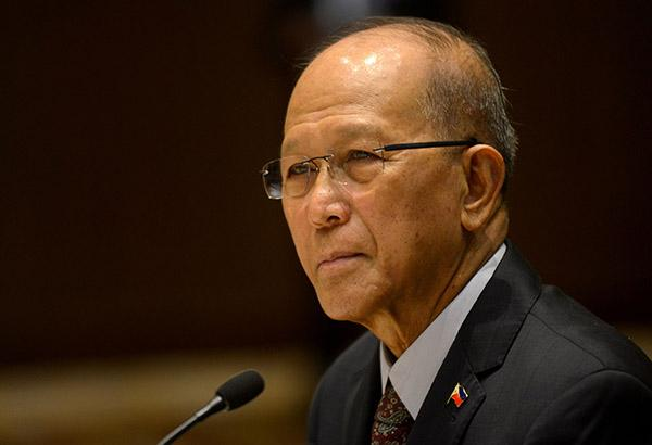 菲高官:菲防长或赴南海岛礁 会考虑中国反应
