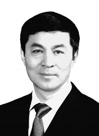 互联网+--加快转型发展提高发展质量——访中共安阳市委书记李公乐