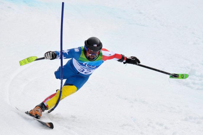 残疾人滑雪历史性突破 沈阳小伙国际大赛获第三