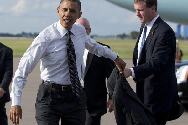 结束告别演讲后 奥巴马赶场参加助手婚礼