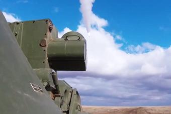 俄道尔防空导弹能行进间射击