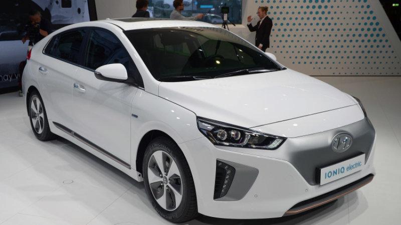 2016年美国新能源车销量下降11% 明年有望回升