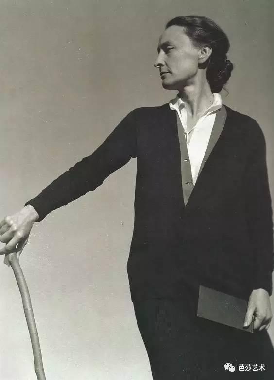 她是全世界画画最贵的女人,拒见毕加索,成就草间弥生,和弗里达传绯闻!