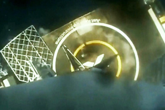猎鹰9号火箭海上回收再获成功