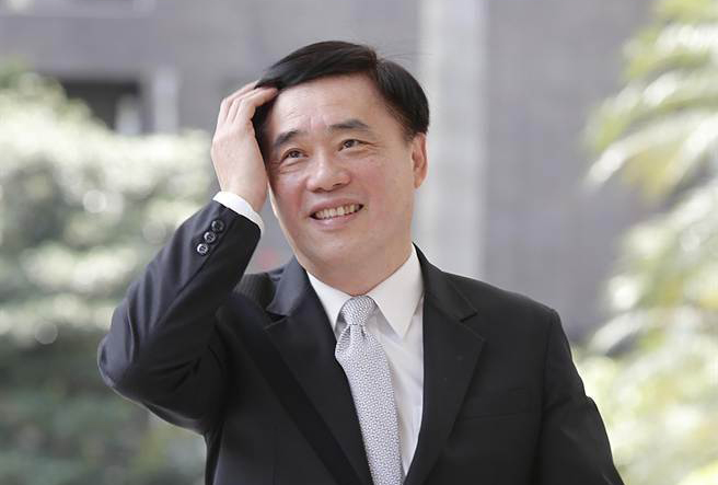 郝龙斌:应去除参选明升国际主席联署门槛