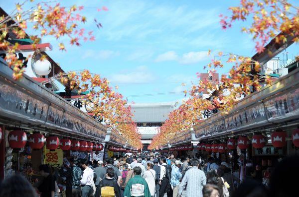 港媒称内地游客爆买退烧 日本购物区好日子到头