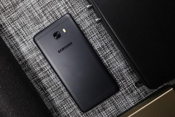 """名副其实的""""本土化"""":三星Galaxy C9 Pro"""