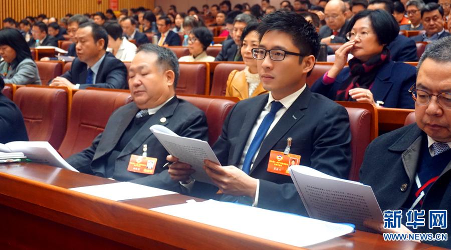 霍启山:建议在南沙建立粤港青年产业基地