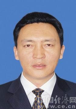 阿坝州十四届政协主席、副主席、秘书长简历(主席尼玛木)