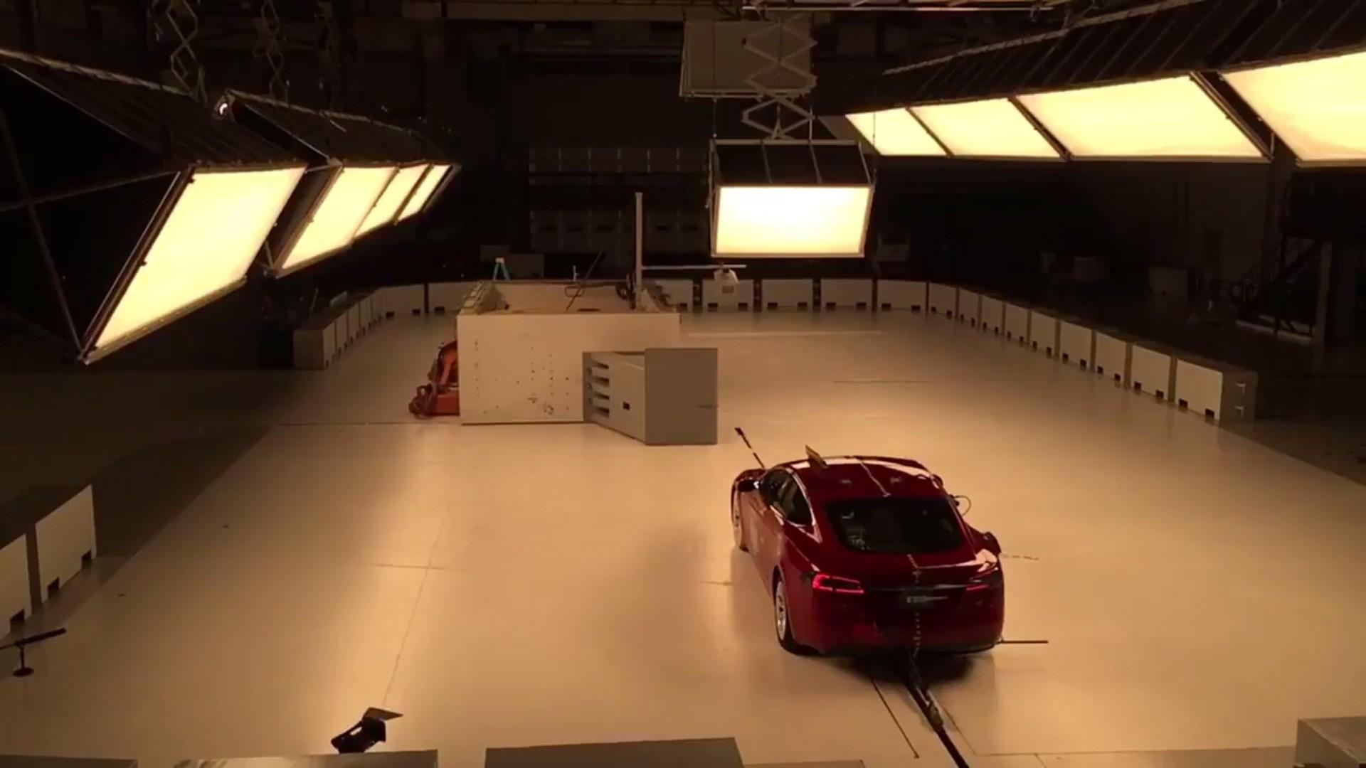 特斯拉Model S获美IIHS最高安全评级