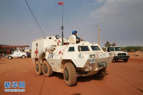 马里北部一军营遭汽车炸弹袭击 中国赴马里维和医疗分队参与救援