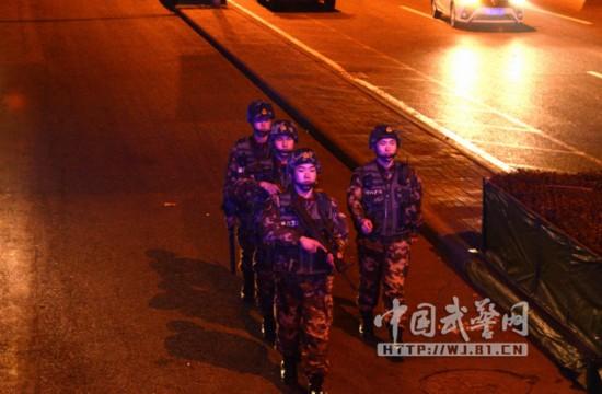 武警天津总队加大节前夜间巡逻防控力度