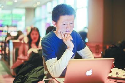 撸起袖子加油干——更多大学毕业生选择留汉创业