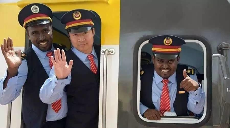 中国3分钟系列之:非洲铁路 中国制造