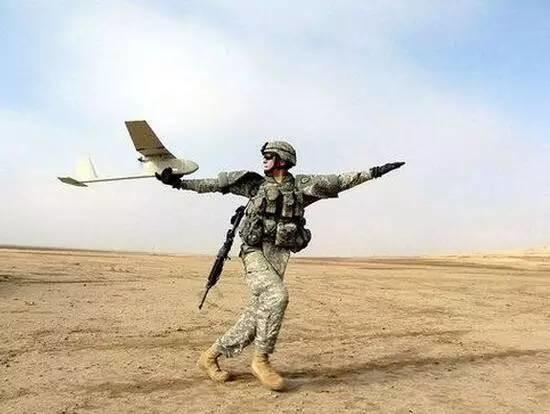 美国援助乌克兰无人机遭嫌弃,乌军方:中国货更先进!