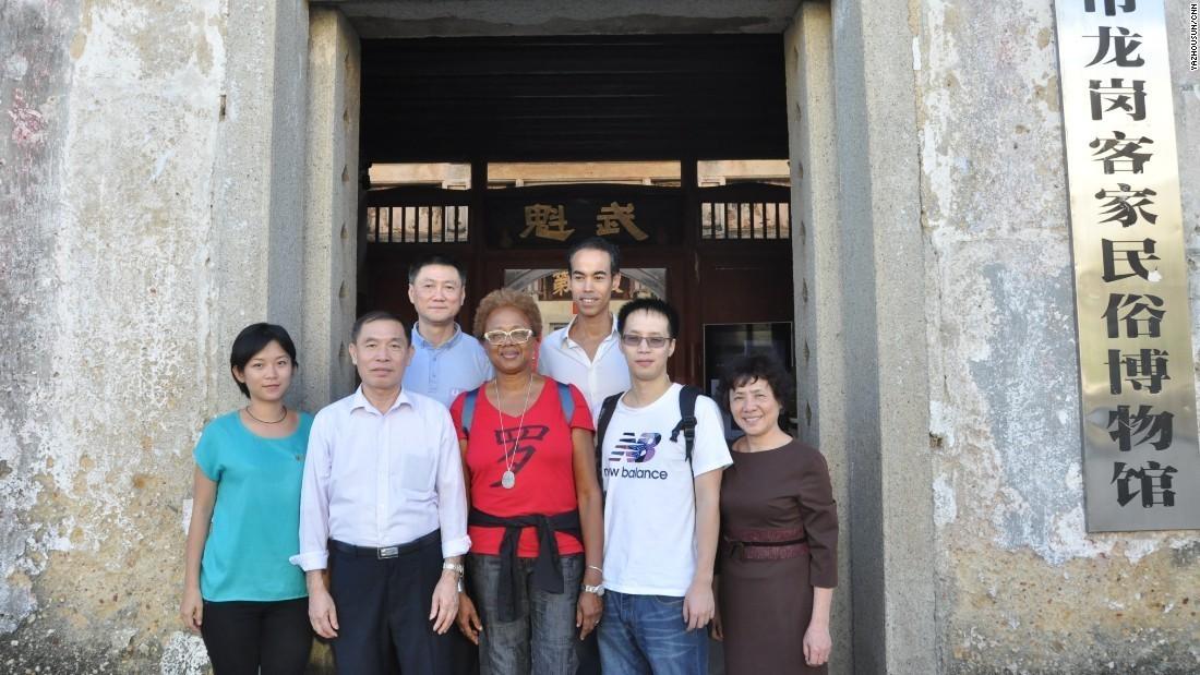 几个美国姑娘来中国寻亲,寻着寻着就不愿走了……