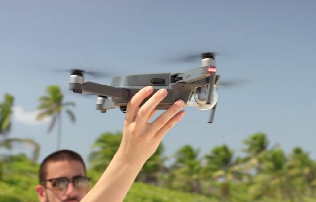 无人机是否该被监管?