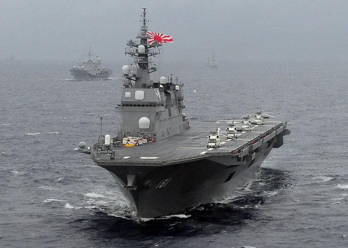 日媒:日本派准航母与俄军演练 遏制中国一行动