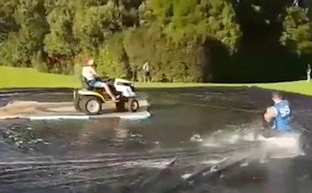 """创意十足!新西兰两男子用防水布打造""""滑冰场"""""""