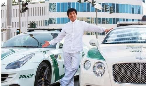 迪拜王子借70辆豪车给成龙 撞坏还有备用高清图片
