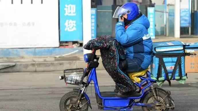 外賣騎手:不管有多累,月入近萬元,就是最好的選擇