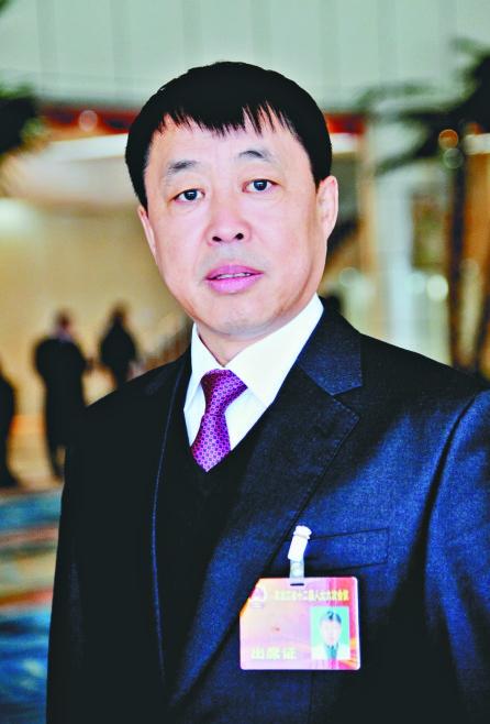 """省人大代表金春学:""""光伏""""产业扶贫具有独特优势"""