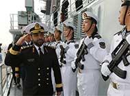卡塔尔舰队司令参观中国军舰