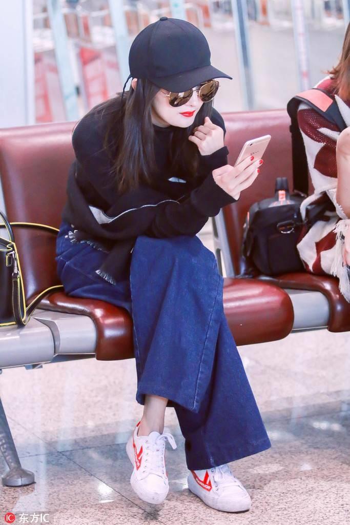杨幂和小贝的65元布鞋,刘雯的最新款网红鞋2017年这些运动鞋要火