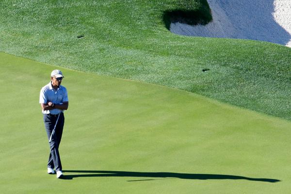 奥巴马卸任第一天 排解失落挥杆高尔夫