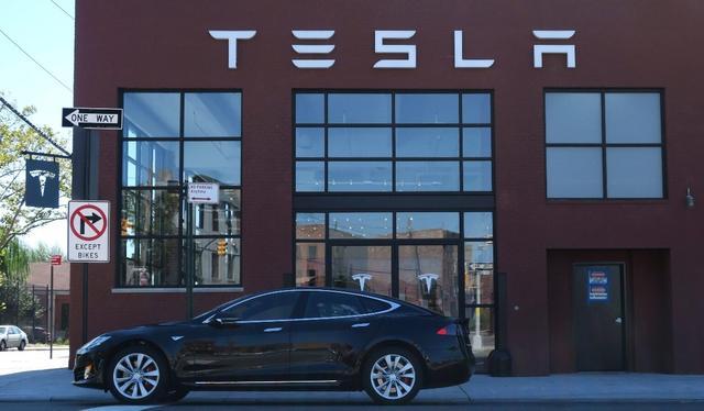 特斯拉将Model S续航里程提升至335英里