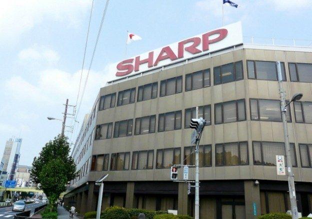 日媒:鸿海首度证实将与夏普在美建面板厂