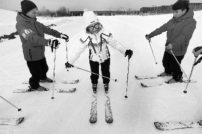 中国最长雪道吸引世界发烧友畅滑